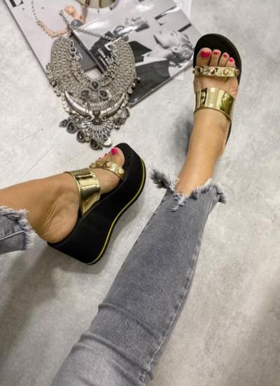 METALLIC PLATFORM MULES - BLACK/GOLD