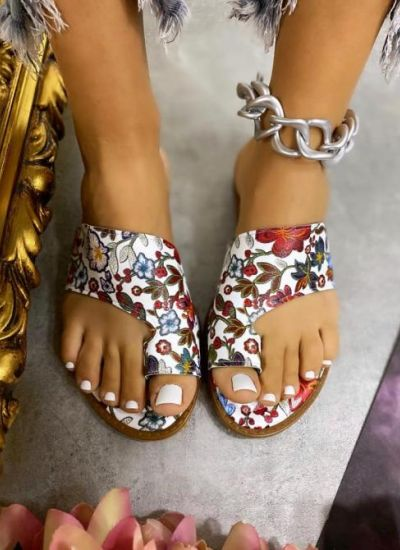 PRINTED BIG TOE FLIP FLOPS - MULTICOLORED