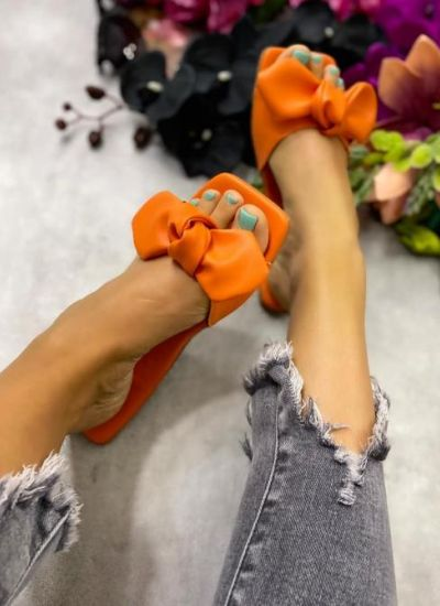 FLAT SLIPPERS WITH BOW - ORANGE