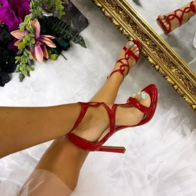PATENT SANDALS WITH THIN HEEL - RED
