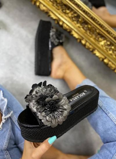 PLATFORM FLOWER SLIPPERS - BLACK