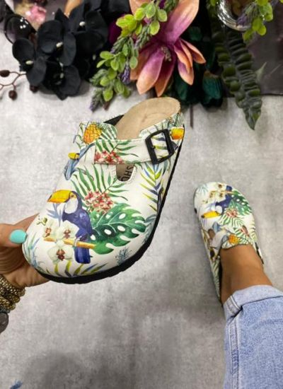 JUNGLE LEATHER CLOGS WITH BELT