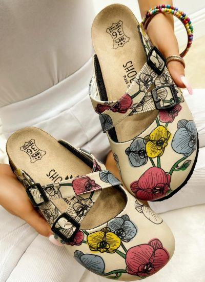 LEATHER CLOGS WITH FLOWER AND BELTS - BEIGE