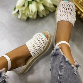 KNITTED JUTE SANDALS - WHITE