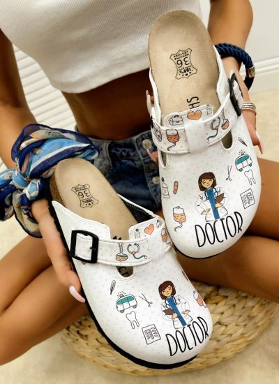 DOCTOR MEDICALL LEATHER CLOGS - WHITE