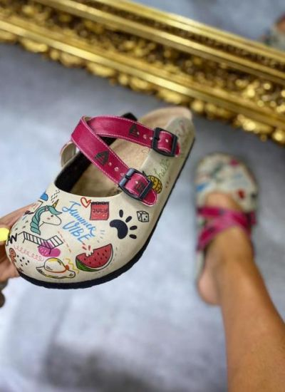 SUMMER VIBE LEATHER CLOGS WITH BELTS - PINK/BEIGE
