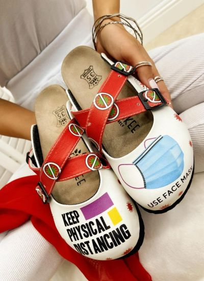 LEATHER CLOGS KEEP DISTANCE WITH BELTS - WHITE