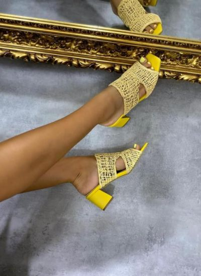 KNITTED MULES THICK HEEL- YELLOW