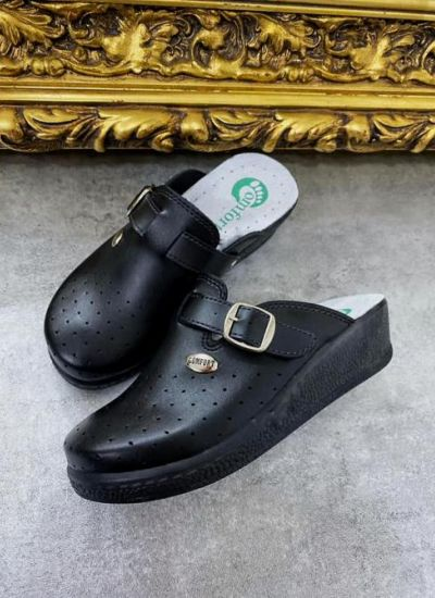 ANATOMICAL LEATHER CLOGS WITH BELT - BLACK
