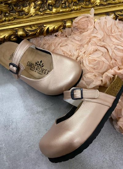 LEATHER CLOGS WITH BELT - BRONZE
