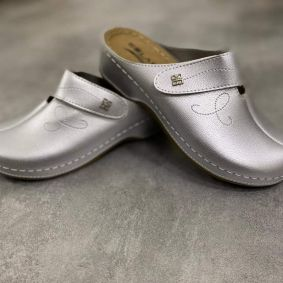 CLOGS WITH VELCRO BAND - SILVER