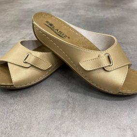 ANATOMICAL SLIPPERS WITH HIGHER SOLE AND VELCRO BAND -  BEIGE