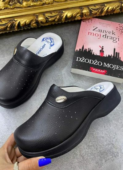 HOLLOW MEDICAL SOLE CLOGS - BLACK