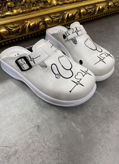 MEDICAL LEATHER CLOGS  - WHITE