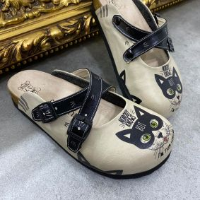LEATHER CLOGS WITH KITTY AND BELTS - BEIGE/BLACK