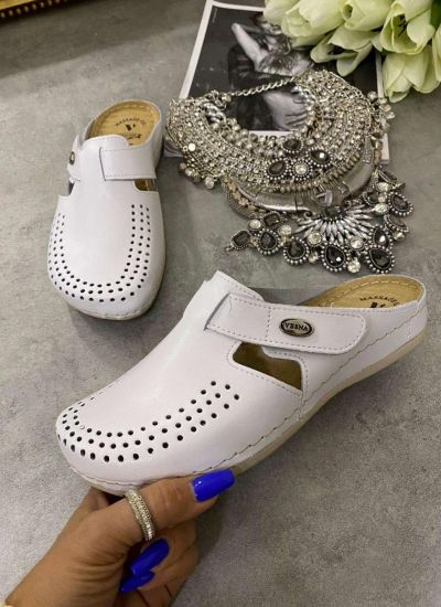 LEATHER ANATOMIC CLOGS WITH VELCRO BAND - WHITE
