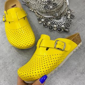 LEATHER ANATOMIC CLOGS WITH VELCRO BAND - YELLOW
