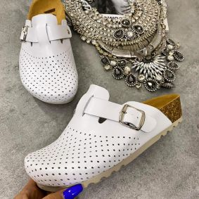 LEATHER ANATOMIC CLOGS WITH BELT - WHITE