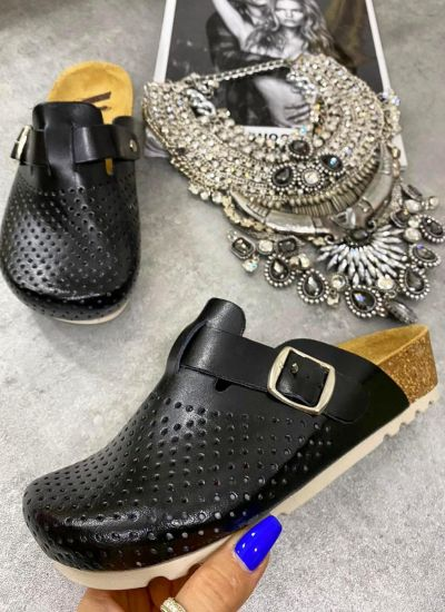 LEATHER ANATOMIC CLOGS WITH BELT - BLACK