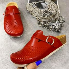 LEATHER ANATOMIC CLOGS WITH BELT - RED