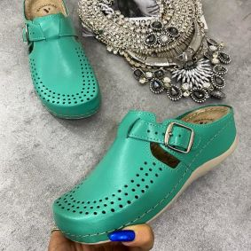 HIGH SOLE ANATOMIC LEATHER CLOGS  - GREEN