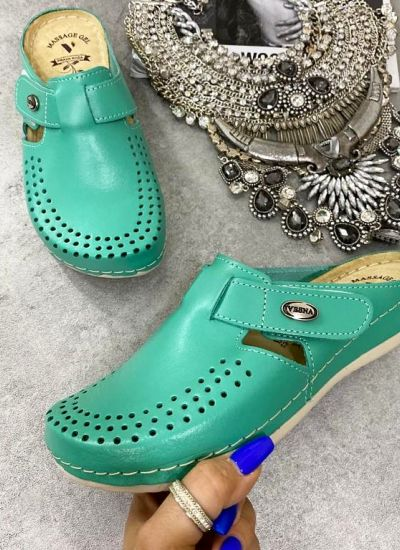 ANATOMIC LEATHER CLOGS WITH VELCRO BAND -GREEN