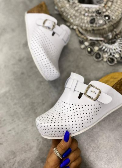 ANATOMIC LEATHER CLOGS WITH BELT AND HIGH SOLE  - WHITE
