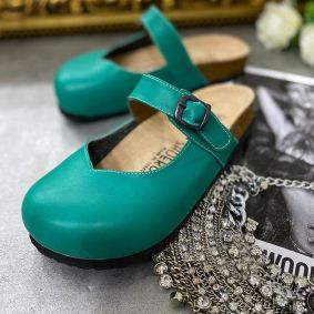 LEATHER CLOGS WITH BELT - GREEN