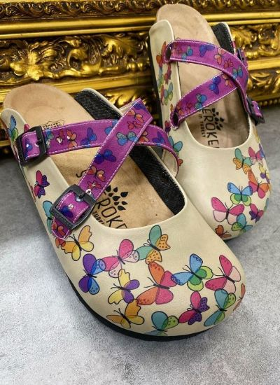 LEATHER CLOGS WITH BELT AND BUTTERFLY - BEIGE