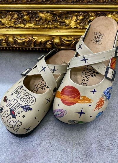 I NEED MY SPACE LEATHER CLOGS WITH BELTS - BEIGE