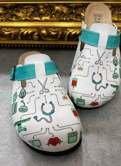 MEDICAL LEATHER CLOGS WITH BELTS  - WHITE
