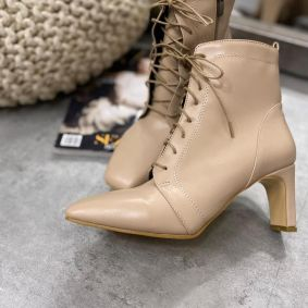 LACE UP ANKLE BOOTS WITH BLOCK HEEL - BEIGE