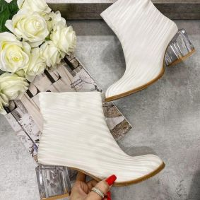 ANKLE BOOTS WITH CLEAR BLOCK HEEL - WHITE