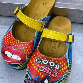 LIPS GOOD GIRLS COLORFUL LEATHER CLOGS WITH BELT