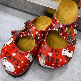 I LOVE CATS LEATHER CLOGS WITH BELTS - RED