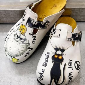 CRAZY MONSTER LEATHER CLOGS WITH BELT - WHITE