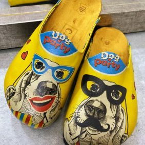 DOG PARTY LEATHER CLOGS - YELLOW