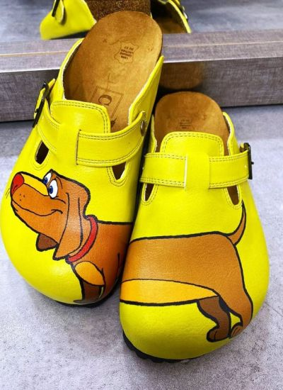 DADDER LEATHER CLOGS WITH BELT - YELLOW