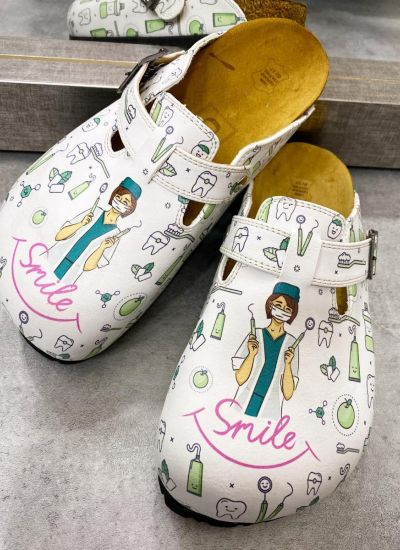 SMILE DENTIST LEATHER CLOGS WITH BELTS - WHITE