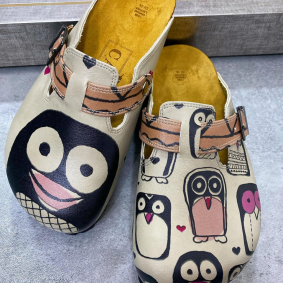 LEATHER CLOGS PINGUIN - BEIGE