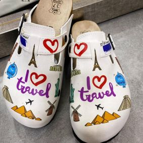 I LOVE TRAVEL LEATHER CLOGS WITH BELT - WHITE