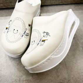 AIRMAX CLOGS FOR DENTIST - WHITE