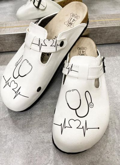 MEDICAL LEATHER CLOGS WITH BELT - WHITE