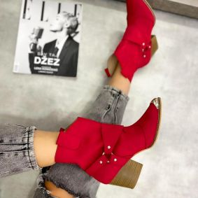VELOUR POINTED COWGIRL BOOTS WITH THICK HEEL AND RIVETS  - RED