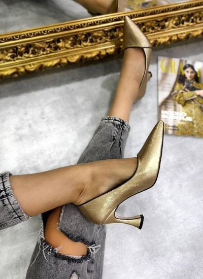 POINTED STILETTO SHOES WITH THIN HEEL - GOLD