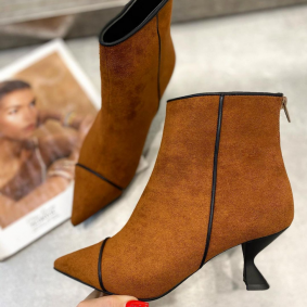 VELOUR POINTED ANKLE BOOTS WITH THIN HEEL - CAMEL