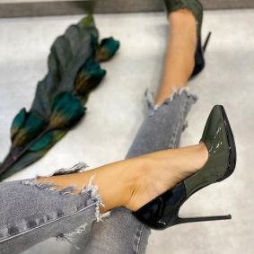 PATENT STILETTO SHOES WITH THIN HEEL - BLACK/GREEN