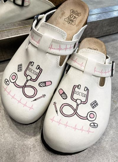 DOCTOR MEDICAL LEATHER CLOGS WITH BELT - WHITE