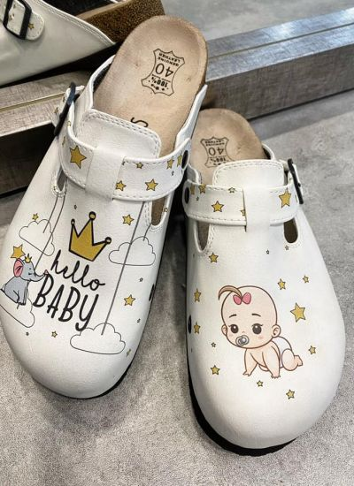 BABY LEATHER CLOGS WITH BELT - WHITE