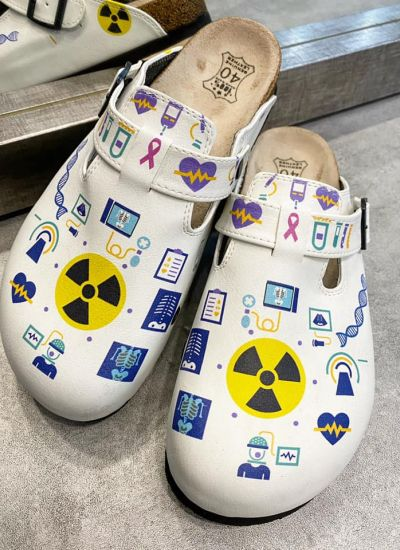 RADIOLOGIST MEDICAL LEATHER CLOGS WITH BELT - WHITE